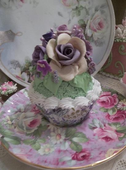 (Rosa Esther) Fake Cupcake