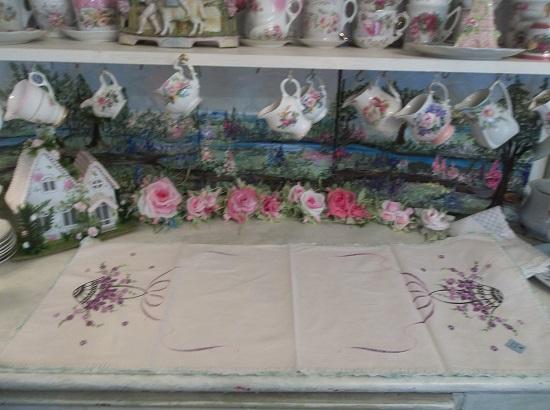(Basket Of Lavender Flowers) Vintage Handmade Linen