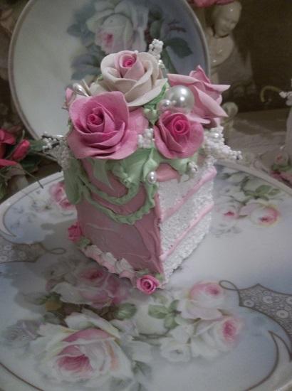 (Laura Maye) Fake Cake Slice