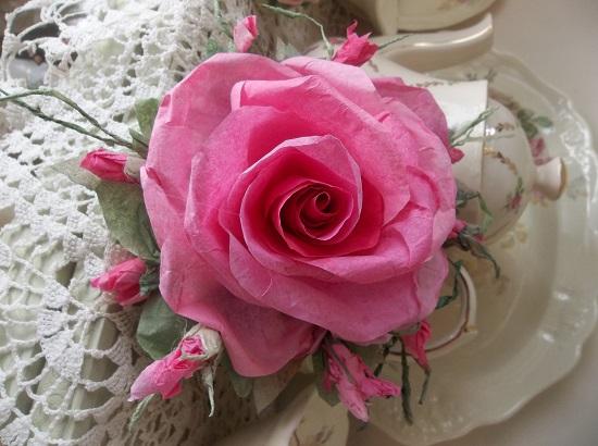 (Beckie) Handmade Paper Rose Clip