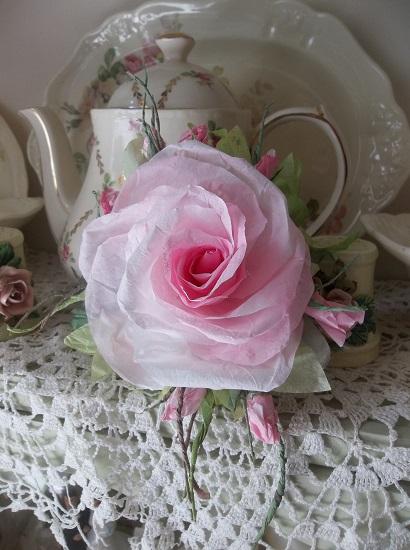 (Bonita) Handmade Paper Rose Clip
