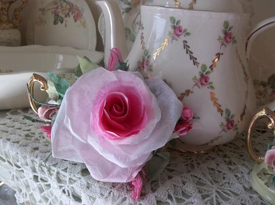 (Margarette) Handmade Paper Rose Clip