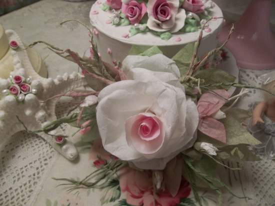 (Not Forgotten) Handmade Paper Rose Clip