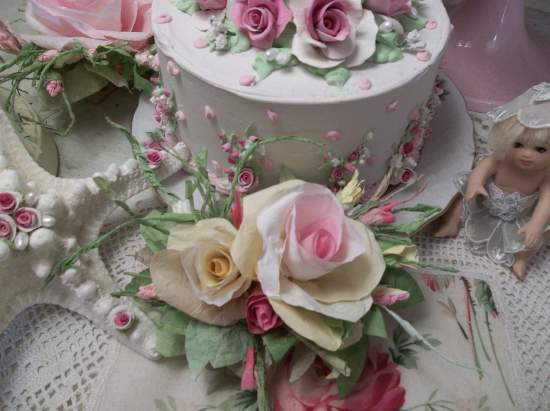 (Liza Rosa) Handmade Paper Rose Clip
