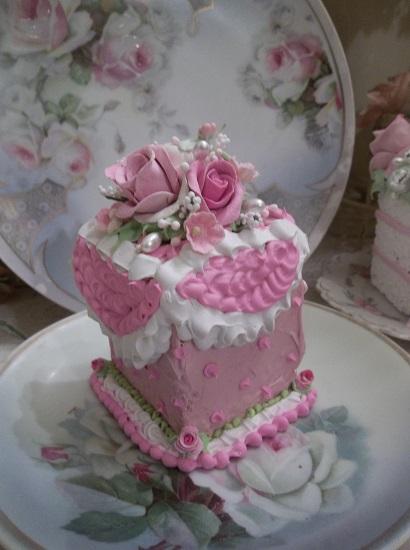 (Prom Cake) Fake Cake Slice
