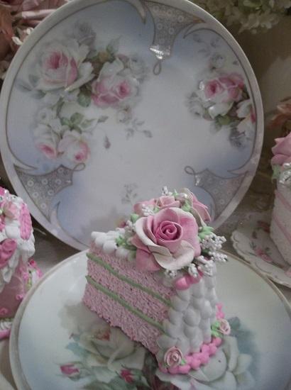 (Sweet 16) Fake Cake Slice