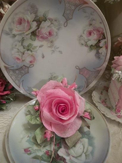 (Brianna) Handmade Paper Rose Clip