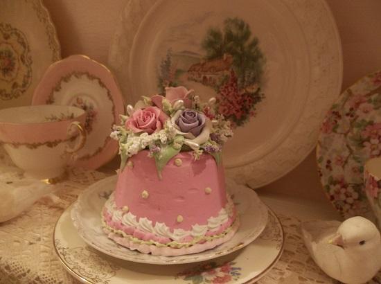 (Andie) Funky Junk Fake Cake