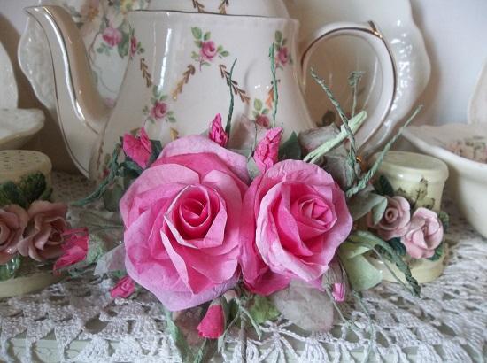 (Madona) Handmade Paper Rose Clip