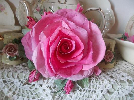 (Beulah) Handmade Paper Rose Clip