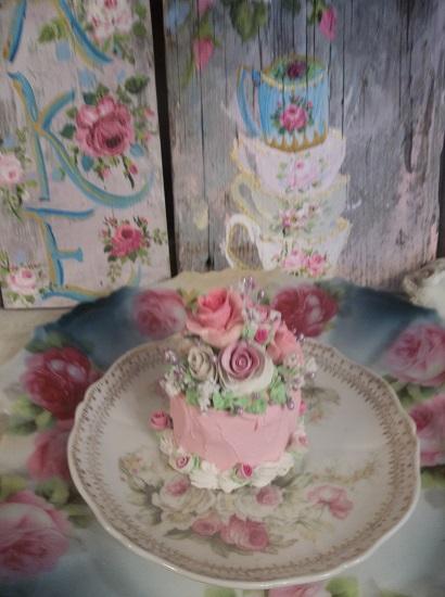 (Lillith) Funky Junk Fake Cake