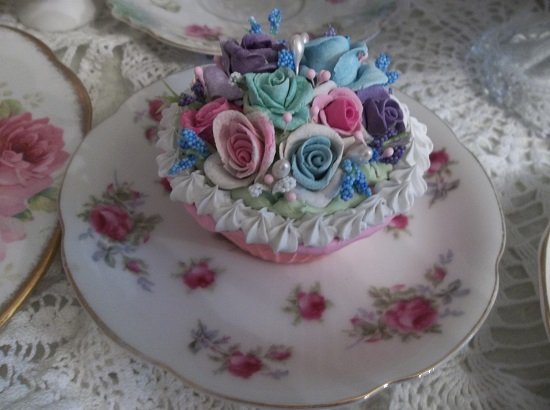 (August) Fake Cupcake