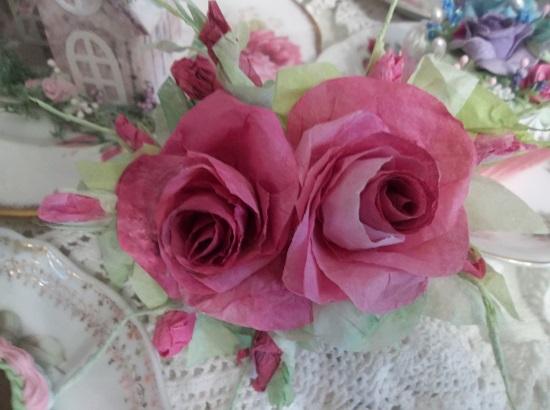 (Delaine) Handmade Paper Rose Clip