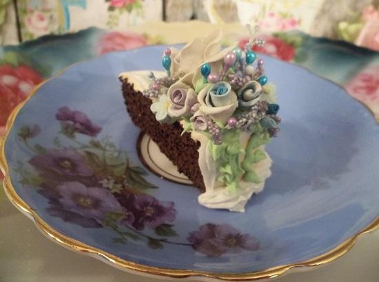 (Violet Alice) Fake Cake Slice