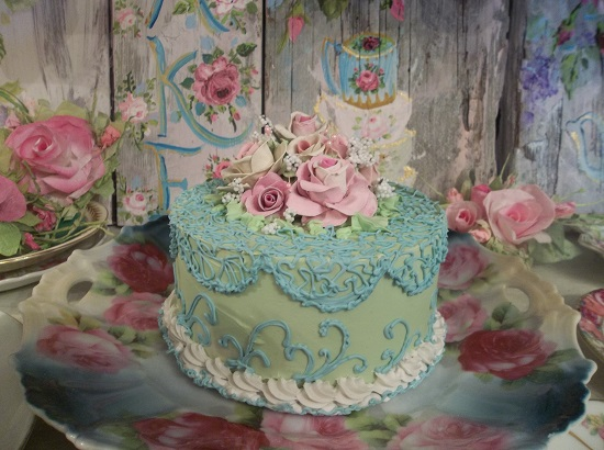 (Simply Lace And Roses) Fake Cake