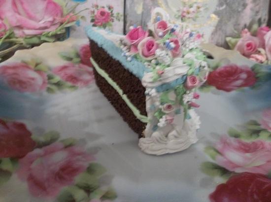 (Jersey Shores Cakes Galore) Fake Cake Slice