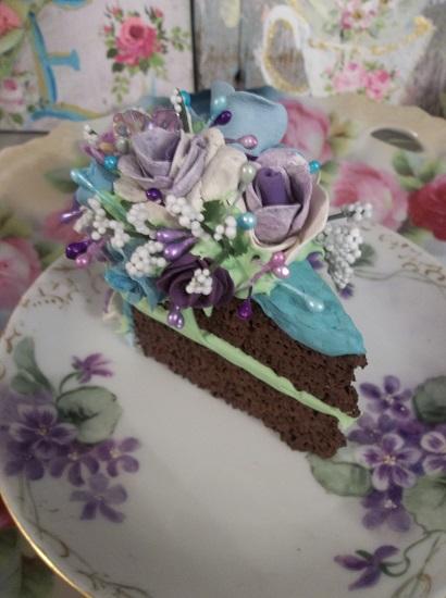 (Texas Springtime) Fake Cake Slice