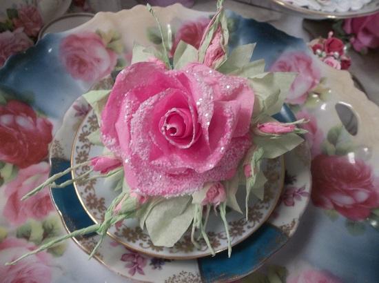 (Noella) Glittered Handmade Paper Rose Clip