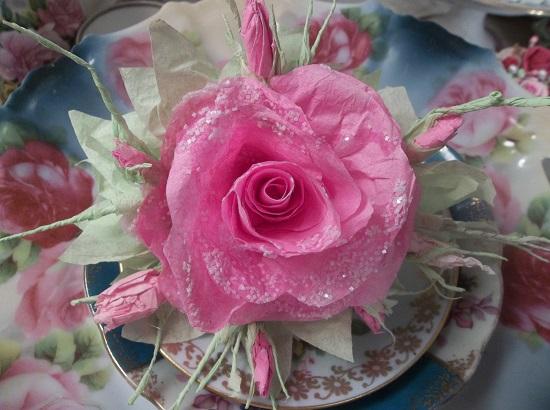 (Miss Kris Kringle) Glittered Handmade Paper Rose Clip