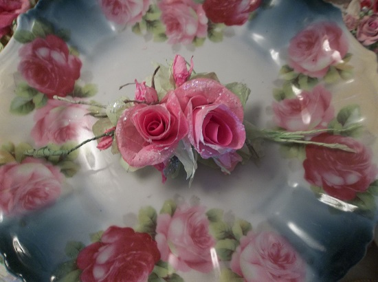 (Bre Anna) Glittered Handmade Paper Rose Clip