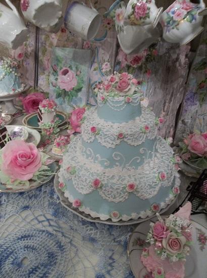 (Cinderella) 3 Tier Fake Cake