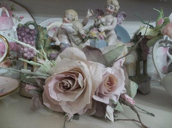 (Paper Moon) Handmade Paper Rose Clip