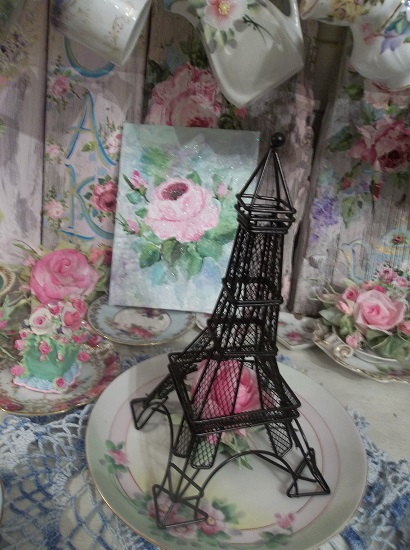 (Paris Rose) Eiffel Tower With Handmade Paper Rose