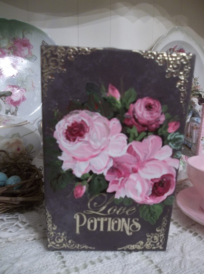 (Peg Bowen's Potion Book) Handpainted Fake Book Container