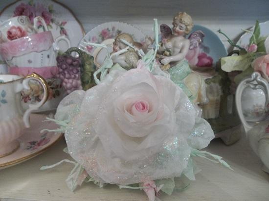 (Paulette) Glittered Handmade Paper Rose Clip