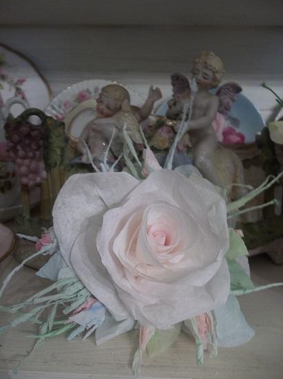 (Carmine Arlene) Handmade Paper Rose Clip