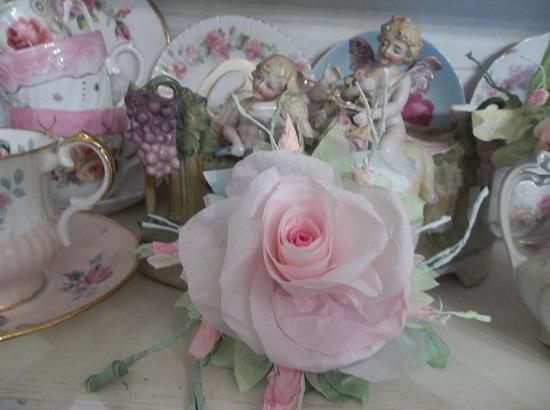 (Winnie) Handmade Paper Rose Clip