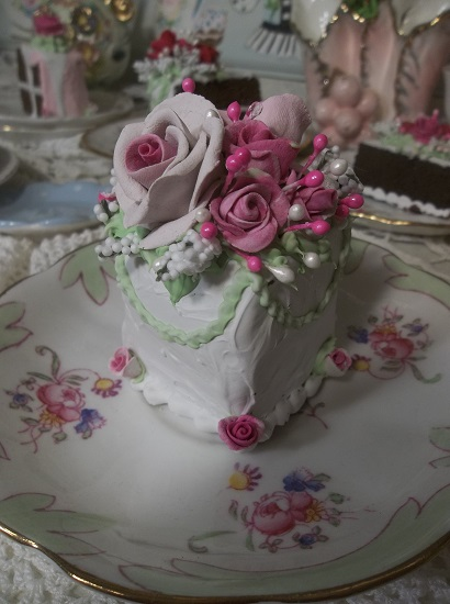 (Marie Agnus) Fake Cake Slice