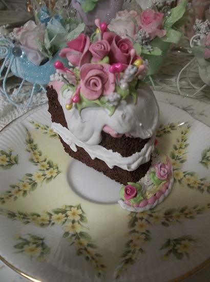 (Bella Queen) Fake Cake Slice