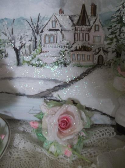(Yula) Prism Glittered Handmade Paper Rose Clip