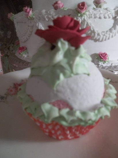 (Country Rose) Fake Cupcake