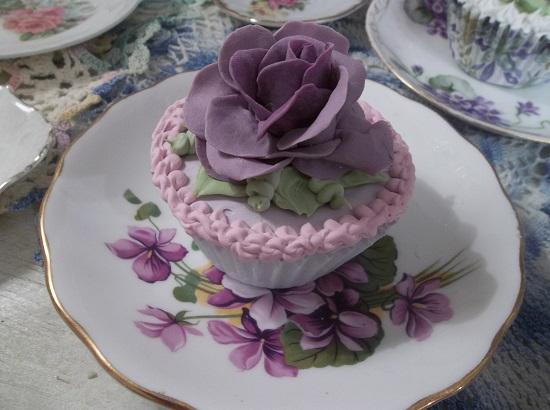 (Anna Katherine) Fake Cupcake