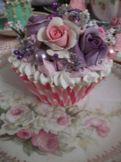 (Annagayle) Fake Cupcake