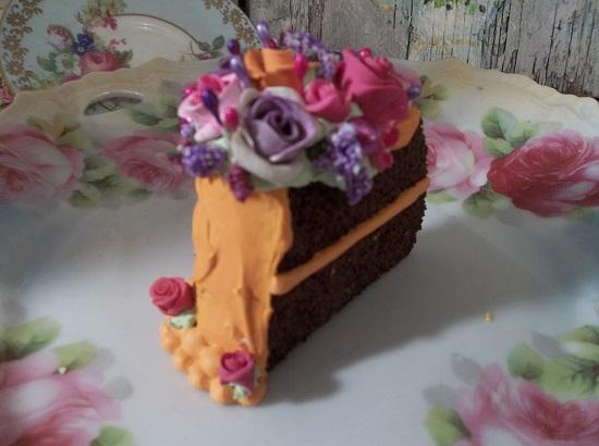 (Hazel Hannah) Fake Cake Slice