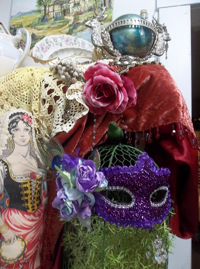 (Purple Passion) Decorated Carnival Mask