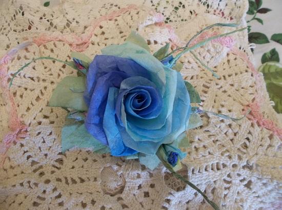 (Tropicana Anna) Handmade Paper Rose Clip