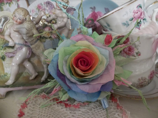 (True Colors) Handmade Paper Rose Clip