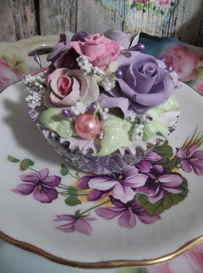 (Violet Pearl) Fake Cupcake