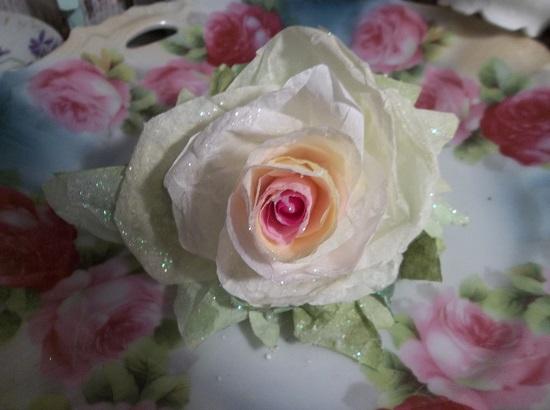 (Tori) Glittered Handmade Paper Rose