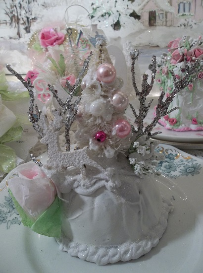 (Winter Forest) Funky Junk Fake Cake