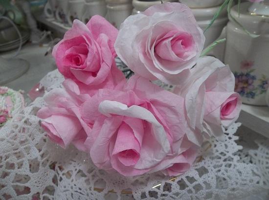 (Jovi) 6 Handmade Paper Roses On Stems