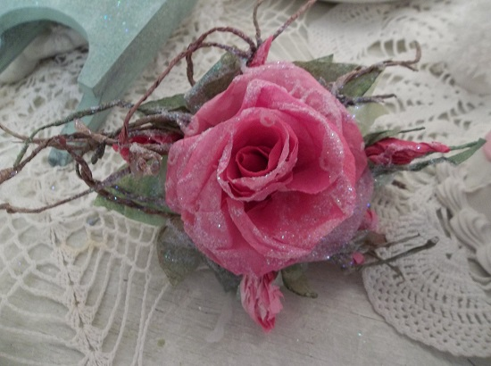 (Poinsettia Point) Glittered Handmade Paper Rose Clip