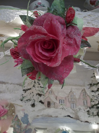 (Vintage Christmastime) Glittered Handmade Paper Rose Clip