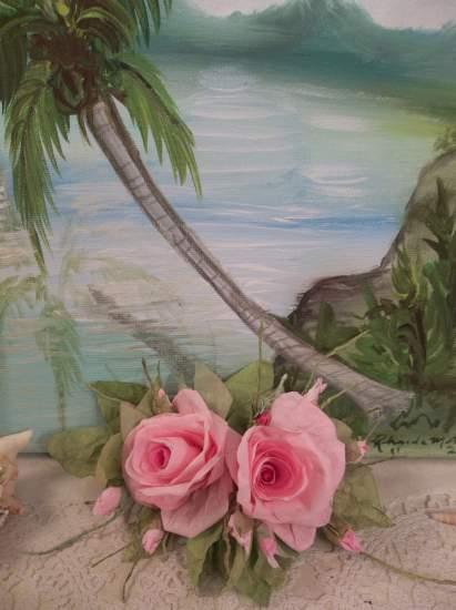 (Ahulani) Handmade Paper Rose Clip