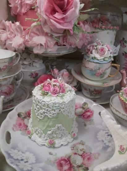 (Lacy Princess) Funky Junk Fake Cake