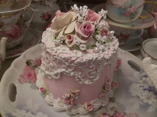 (The Lacy Queen) Funky Junk Fake Cake